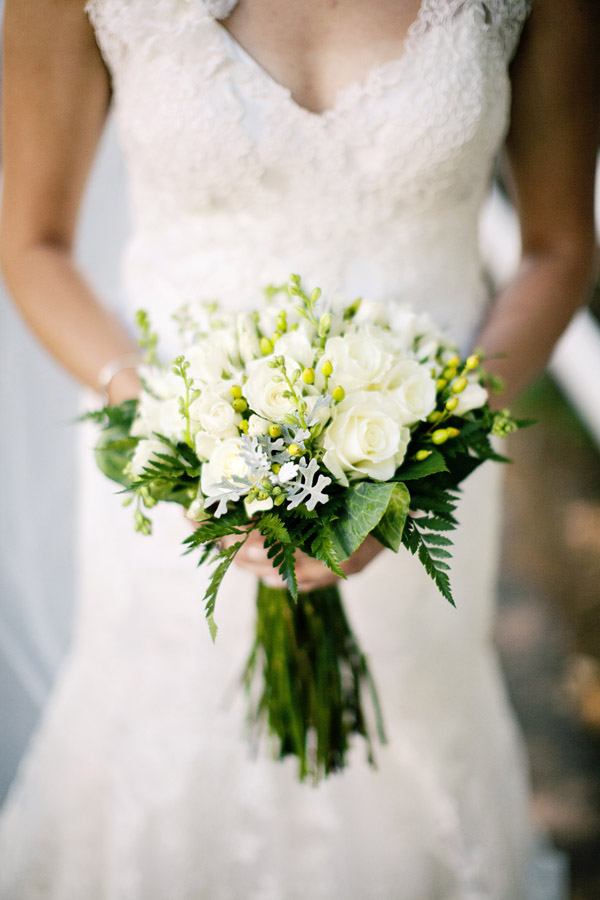 Wedding Bouquets With Lots Of Greenery : Facebook it