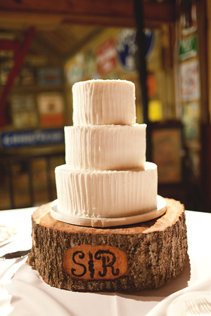 Wood Trunk Cake Stand