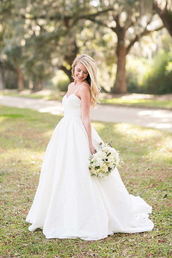 She s working it what a beauty for Simple southern wedding dresses