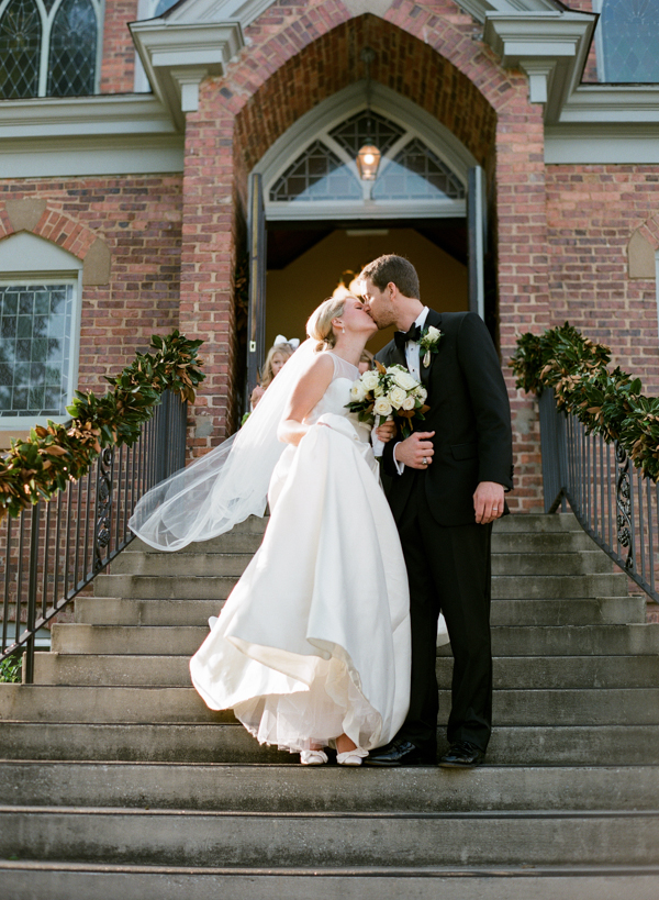 Classic South Carolina Wedding by Olivia Griffin - Southern Weddings