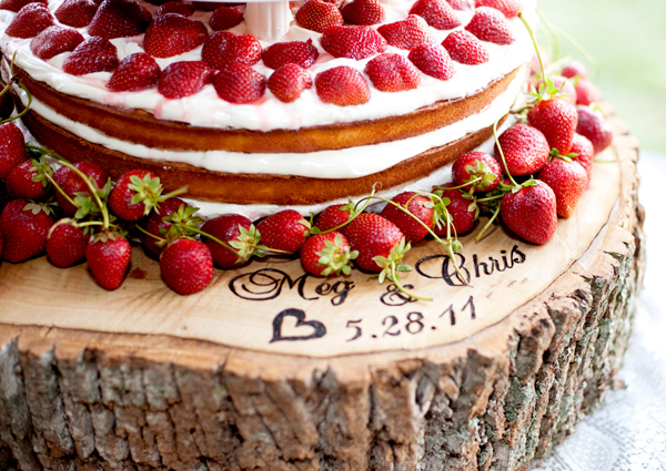 personalised tree trunk wedding cake stand it 18224