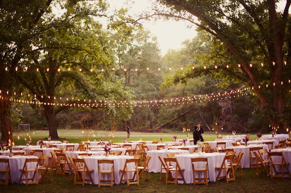 12 Ideas For The Best Outdoor Wedding: Facebook It