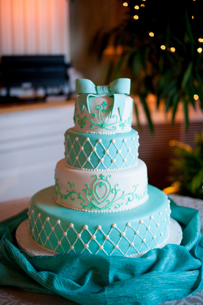 turquoise blue and white wedding cakes it 21306